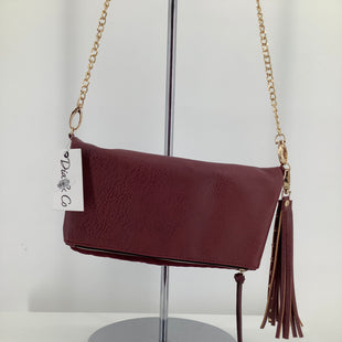 Primary Photo - BRAND:    CMD , STYLE: WRISTLET , COLOR: BURGUNDY , SKU: 105-3752-19779