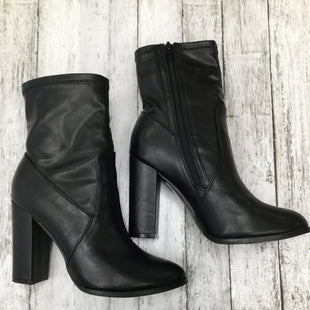 Primary Photo - BRAND:    CMD , STYLE: BOOTS ANKLE , COLOR: BLACK , SIZE: 9 , OTHER INFO: SO ME ANKLE BOOT BLACK - , SKU: 105-3221-8846
