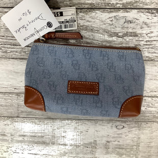 Primary Photo - BRAND: DOONEY AND BOURKE O , STYLE: MAKEUP BAG , COLOR: BLUE , SKU: 105-2768-30368