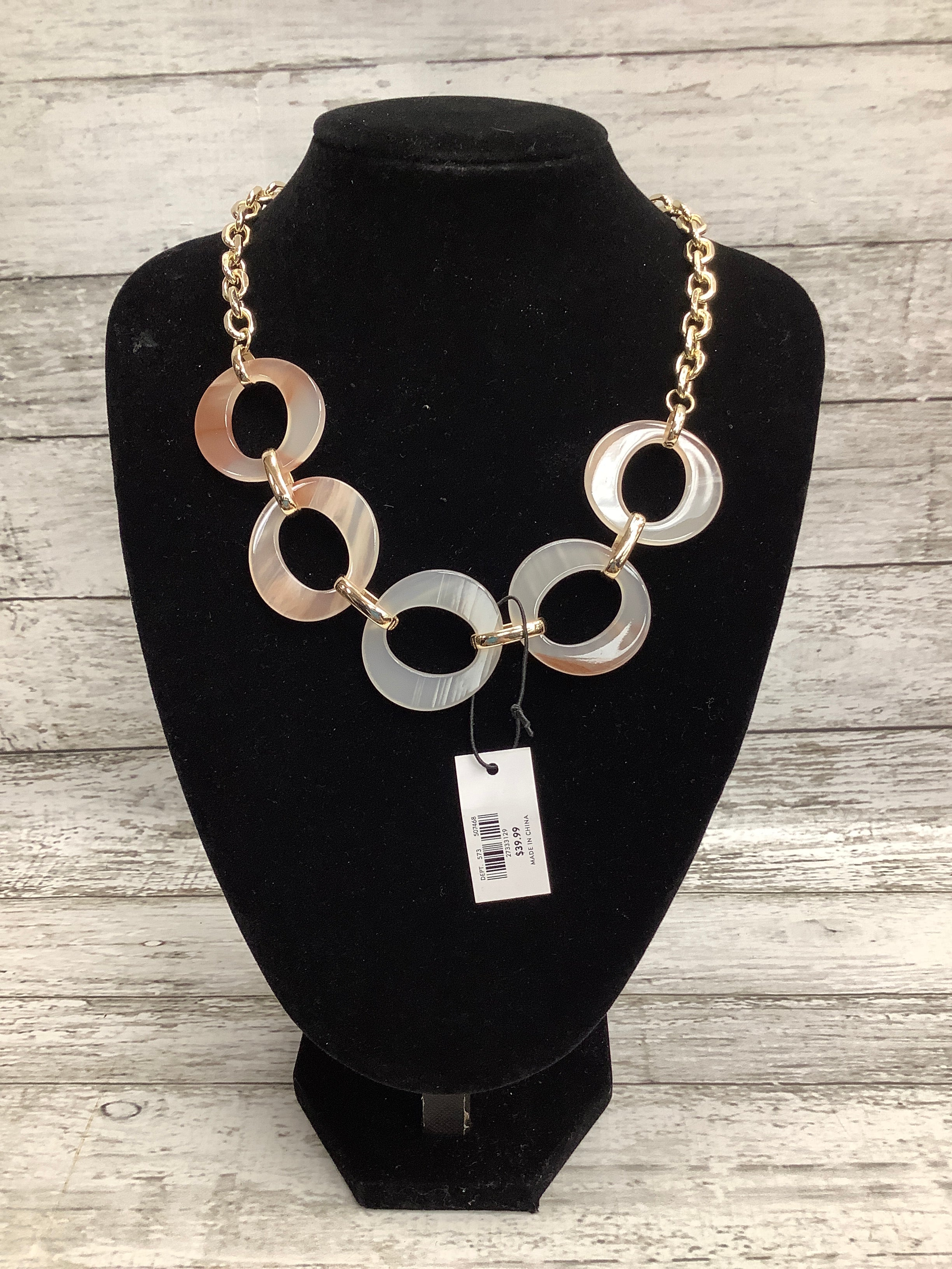 Primary Photo - brand: ann taylor , style: necklace , color: pink , other info: new! , sku: 105-4605-11260