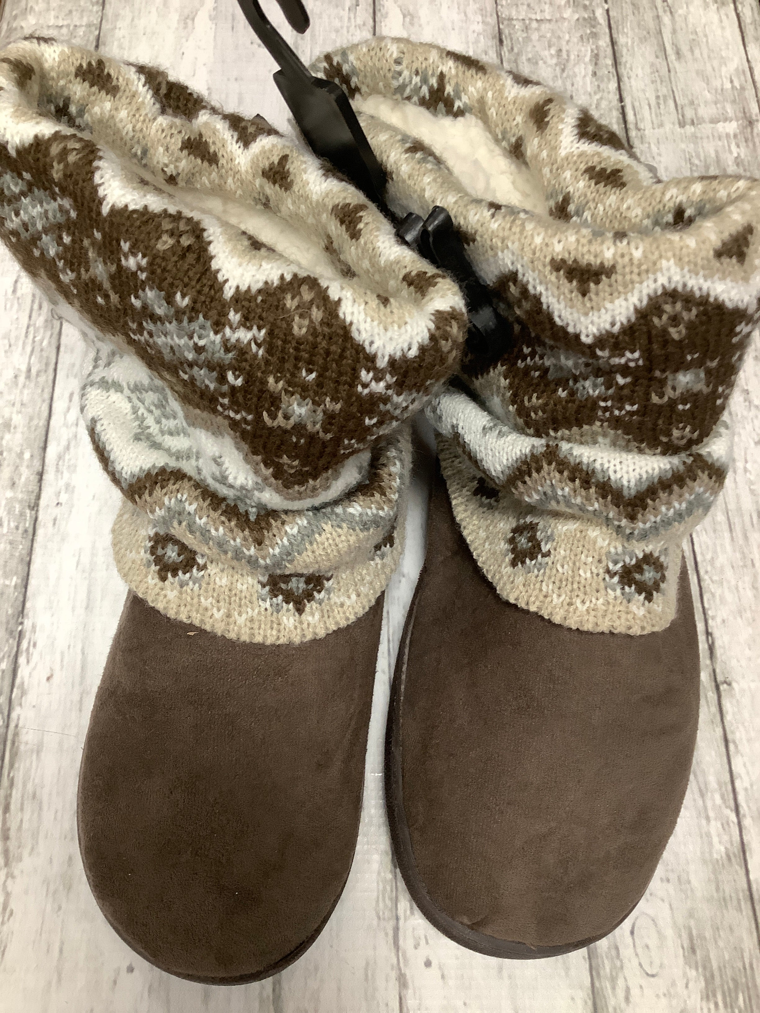 Primary Photo - brand: muk luks , style: boots ankle , color: brown , size: 7.5 , other info: new! , sku: 105-4940-7735