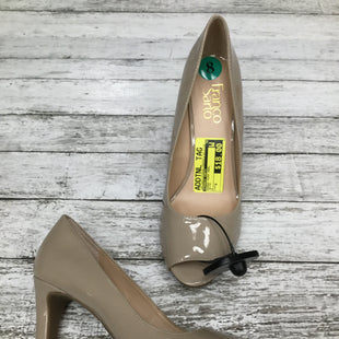 Primary Photo - BRAND: FRANCO SARTO , STYLE: SHOES HIGH HEEL , COLOR: BEIGE , SIZE: 8 , SKU: 105-3221-3728