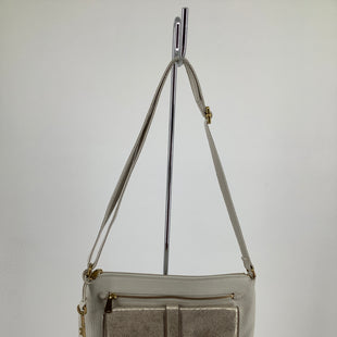 Primary Photo - BRAND: FOSSIL , STYLE: HANDBAG LEATHER , COLOR: WHITE , SIZE: MEDIUM , SKU: 105-3221-13929
