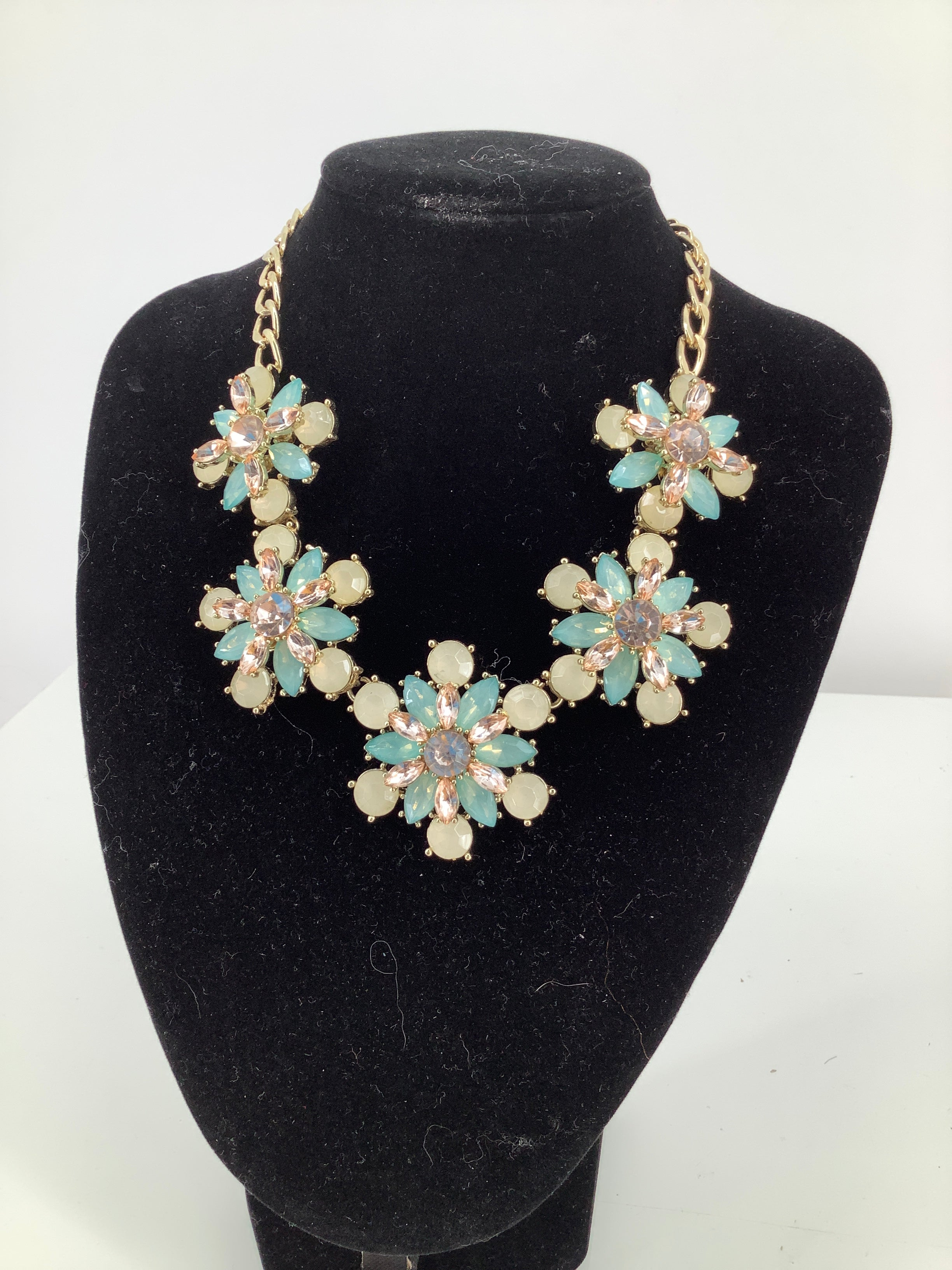 Primary Photo - brand:    cmd , style: necklace , sku: 105-4605-8784