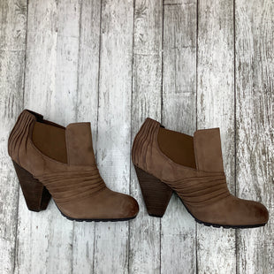 Primary Photo - BRAND: VINCE CAMUTO , STYLE: BOOTS ANKLE , COLOR: BROWN , SIZE: 9 , SKU: 105-3752-28148