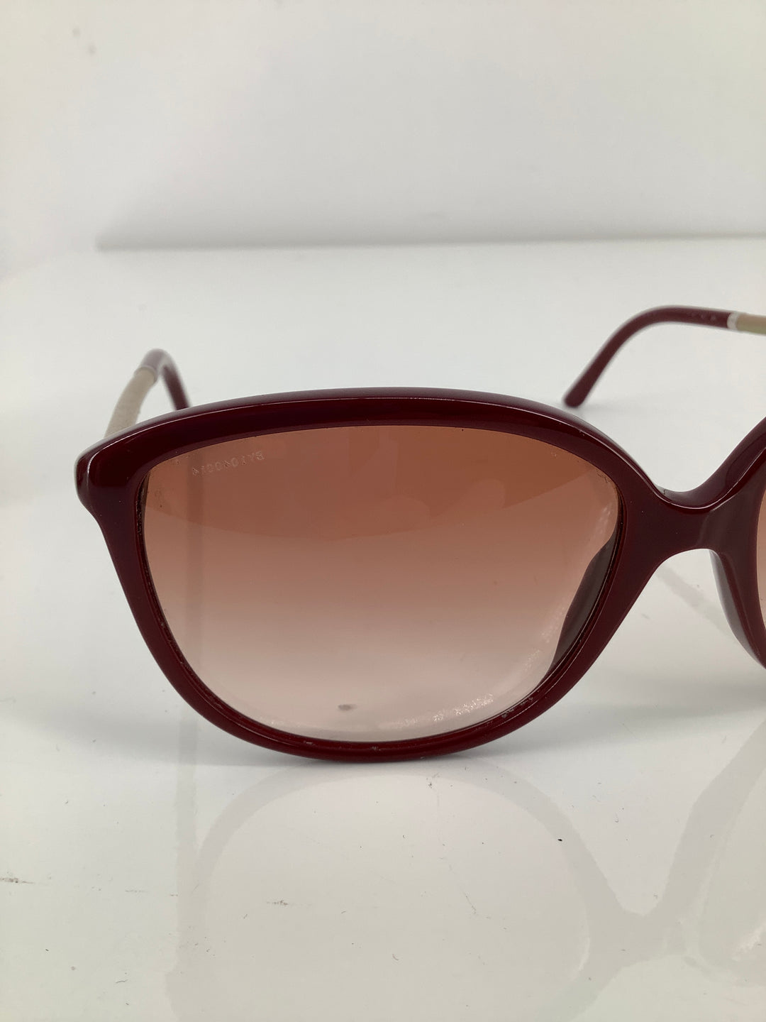 Photo #4 - brand: burberry , style: sunglasses , color: maroon , sku: 105-5184-5892