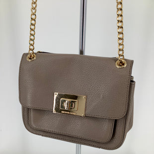 Primary Photo - BRAND: MICHAEL KORS , STYLE: HANDBAG DESIGNER , COLOR: TAUPE , SIZE: SMALL , SKU: 105-4940-5959, CONDITION AS PICTURED SOME TARNISHING AND MINOR DISCOLORING