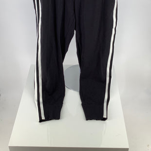 Primary Photo - BRAND: ATHLETA , STYLE: ATHLETIC PANTS , COLOR: BLACK WHITE , SIZE: L , SKU: 105-3752-30337