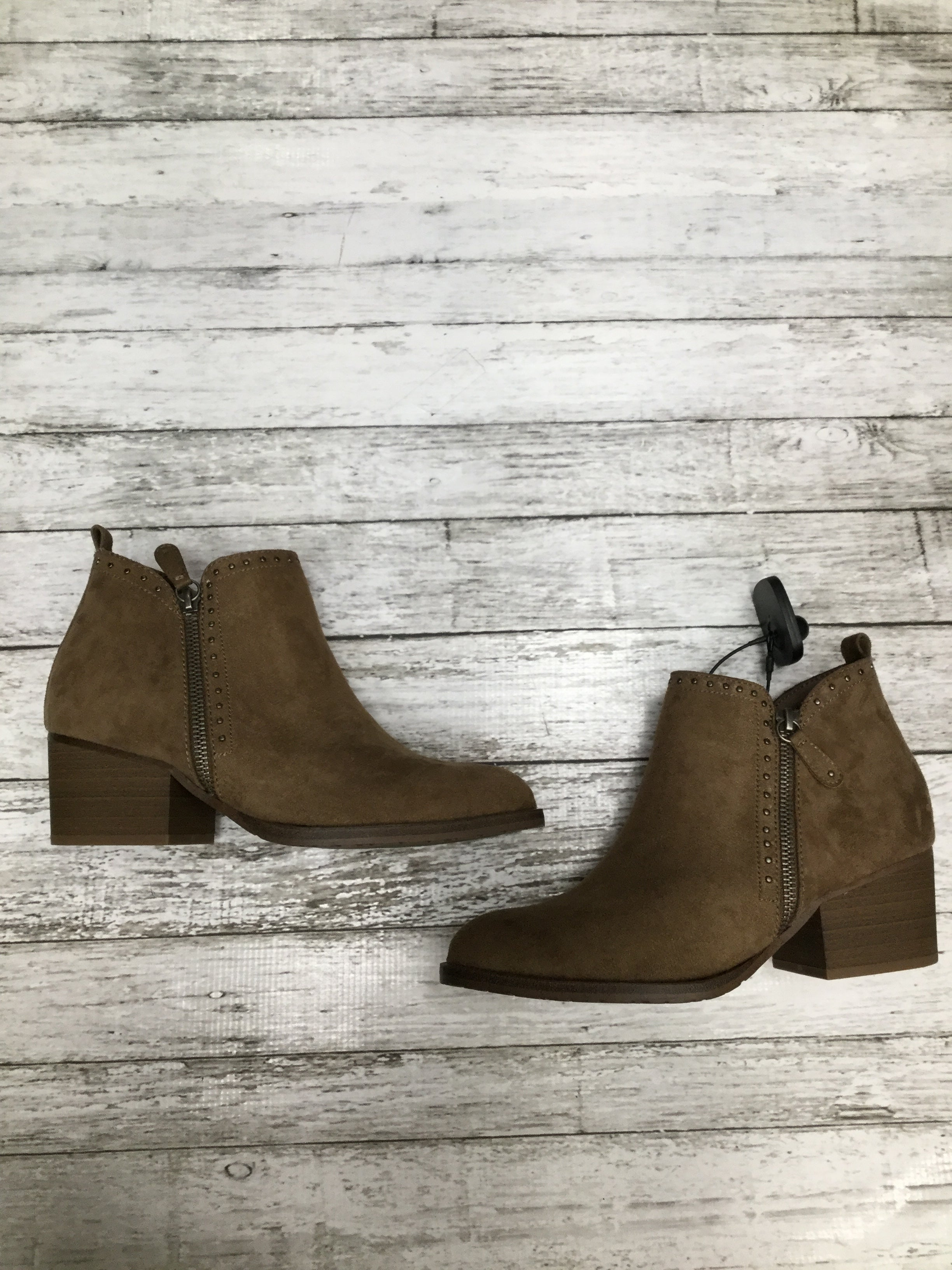 Primary Photo - BRAND: SONOMA , STYLE: BOOTS ANKLE, COLOR: CAMEL , SIZE: 7.5 , OTHER INFO: NEW! , SKU: 105-3221-8049