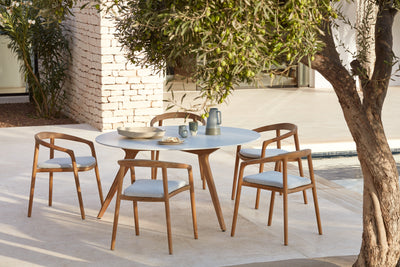 Why choose teak for your outdoor furniture?