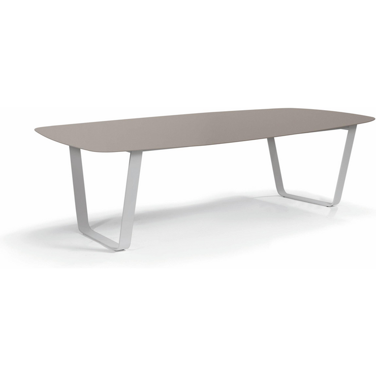 Manutti Air Dining Table Flint