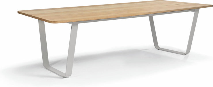 Manutti Air Dining Table 2 | Iroko