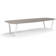 Manutti Air Dining Table 1