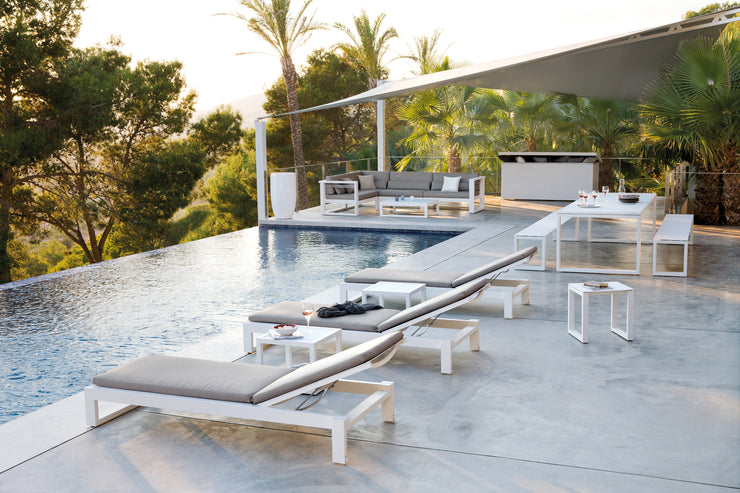 Luxury Cushion Box Pool