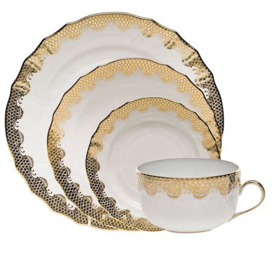 Gold Fish Scale Dinnerware