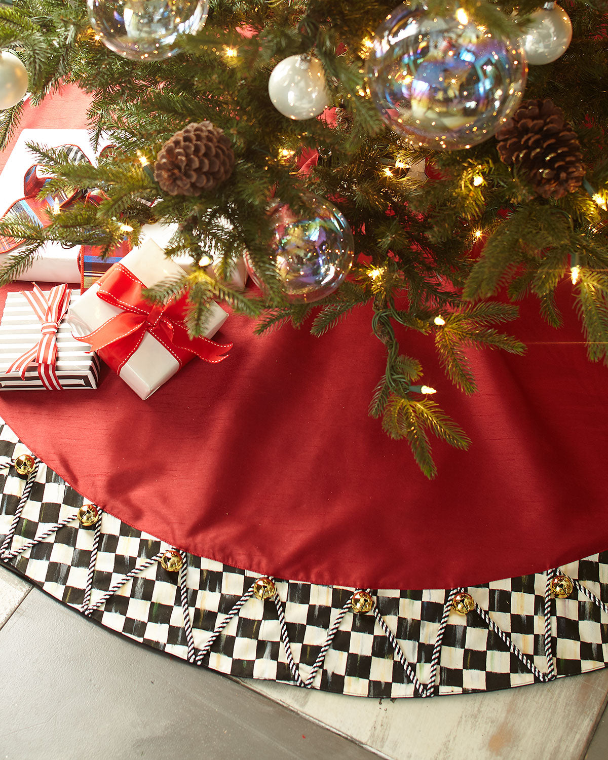 Jingle Bell Tree Skirt