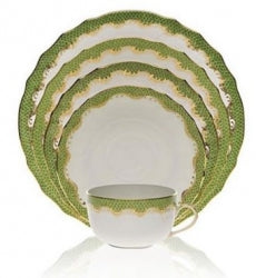 Evergreen Fish Scale Dinnerware