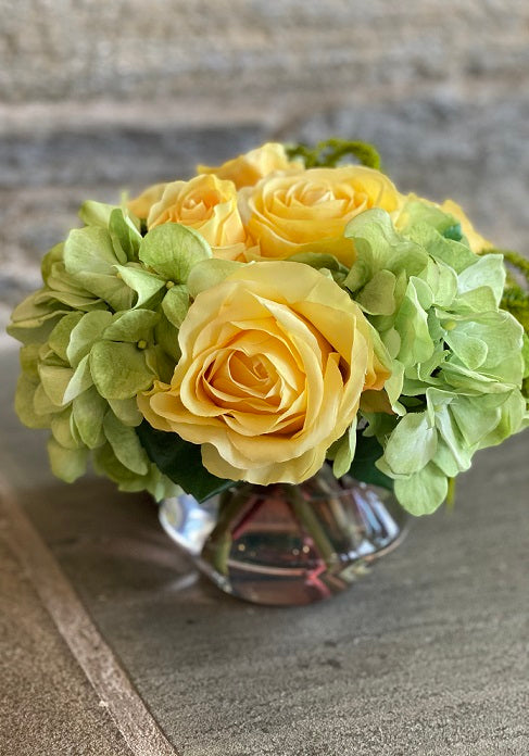 Rose Hydrangea, Yellow Green, Glass Vase