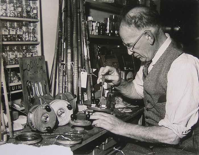 Boris Peetz fixing classic wooden reels