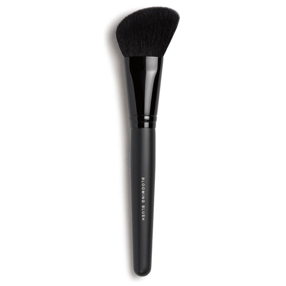 bareMinerals Blooming Blush Brush - The Golden Galleria