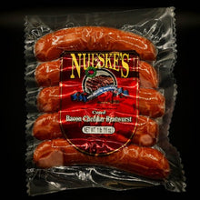 Load image into Gallery viewer, Nueske's Bacon Cheddar Bratwurst