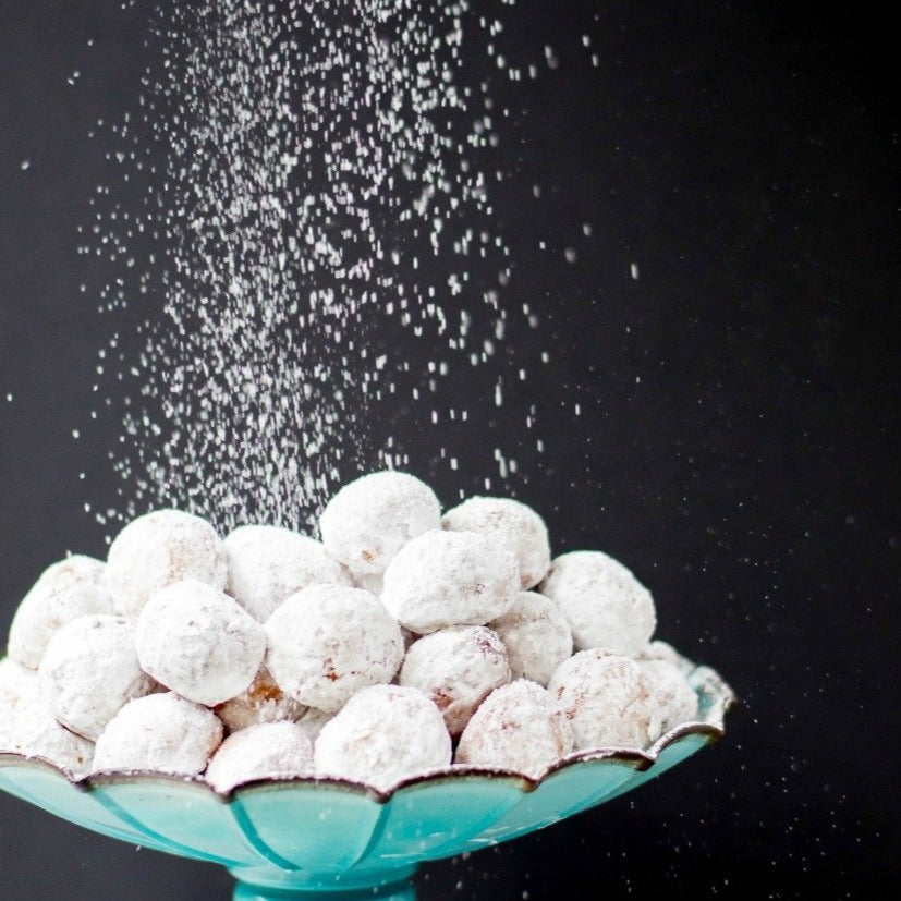 Powdered donuts (8)