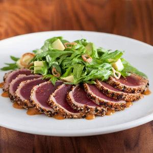 Healthy Tuna tataki with steamed vegetables (1 portion)