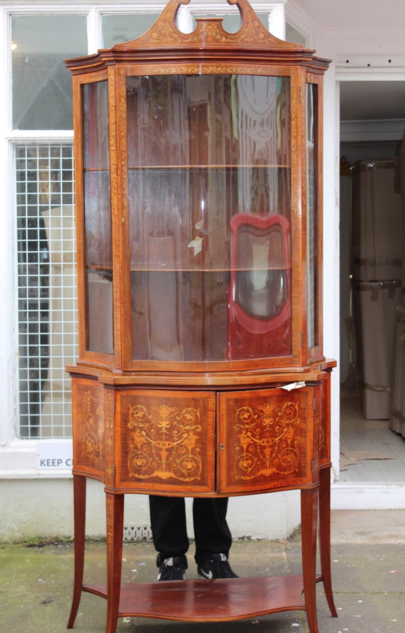EDWARDIAN MAHOGANY SERPENTINE DISPLAY CABINET  -  SKU607