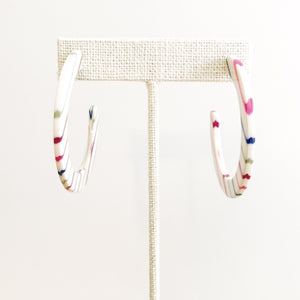 STRIPE FLAT HOOP EARRINGS - K&E FASHIONS