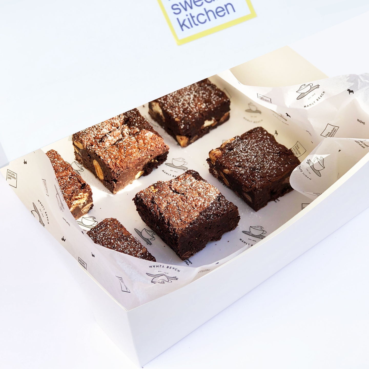 Box of 6 Polly Brownies