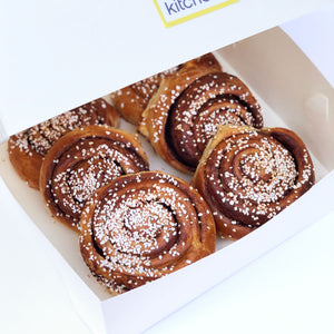 Box of 6 Cinnamon Buns