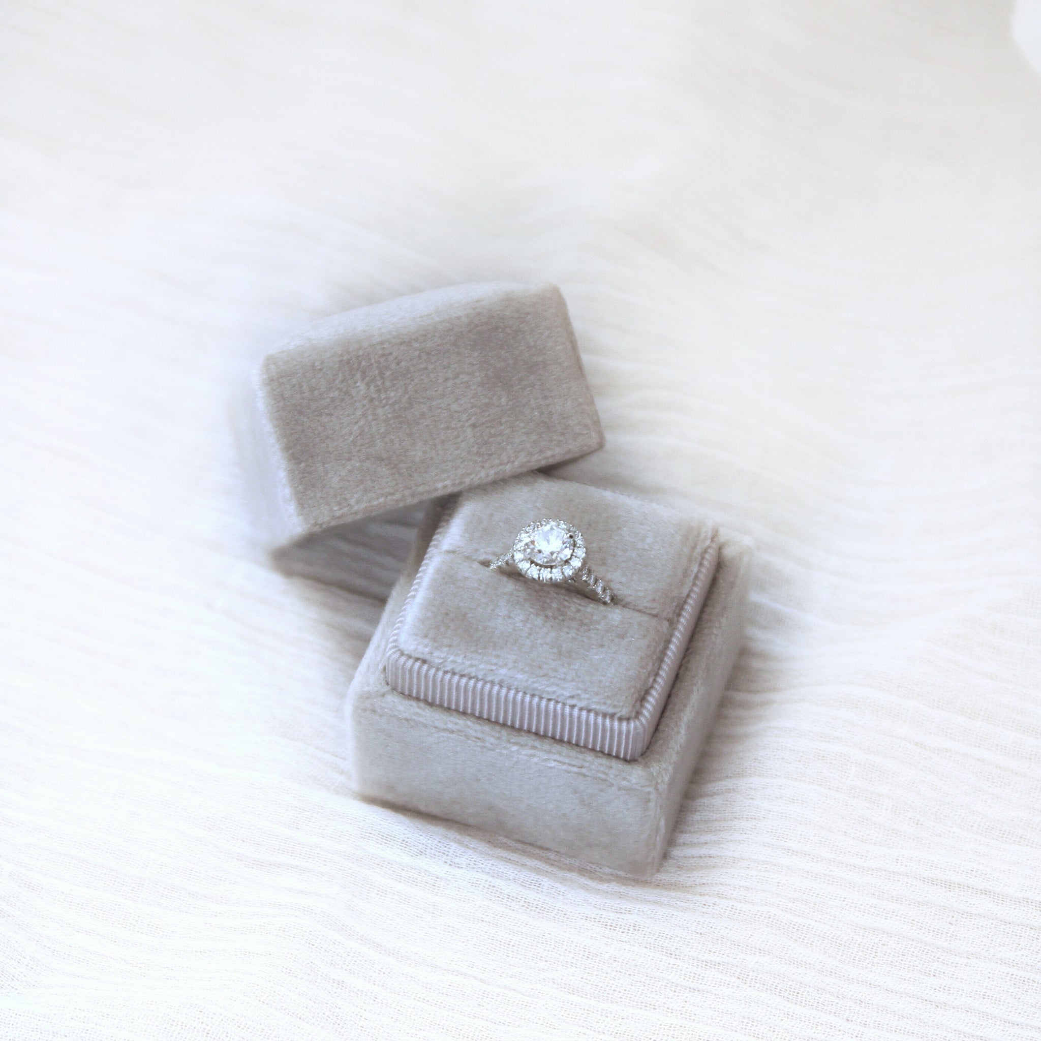 Square Velvet Ring Box - Dove Grey