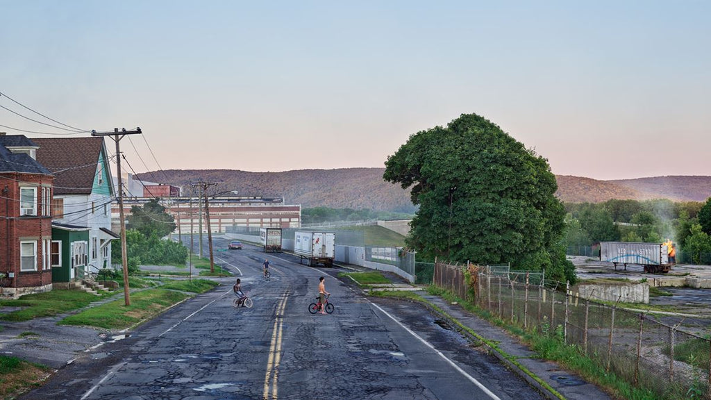 Gregory Crewdson, Red Star Express, 2018–19