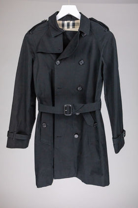 Burberry Trench Coat (13-14 yrs)