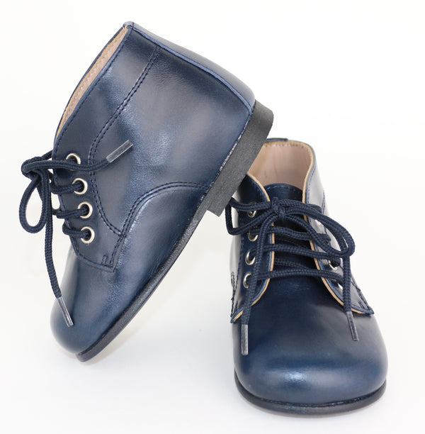 Classic Unisex Leather Boots (4.5)