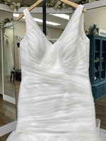 Load image into Gallery viewer, Ivory Ruching bodice corset tulle flare