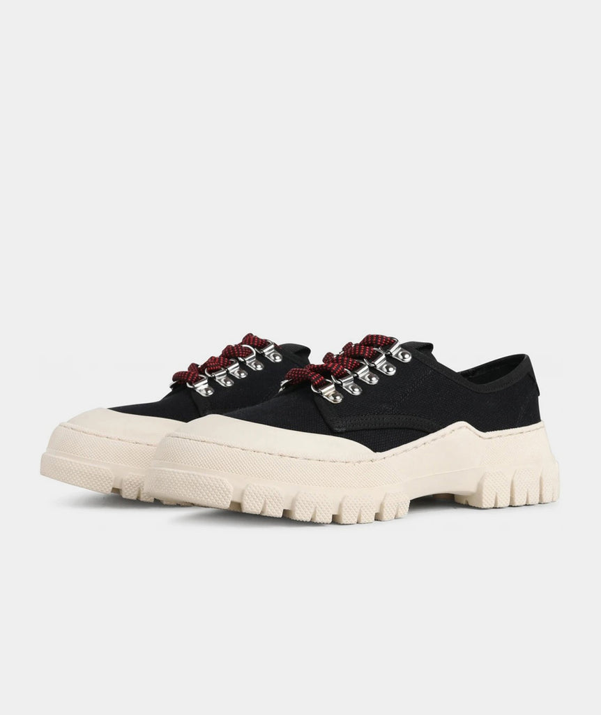 GARMENT PROJECT WMNS Twig Low - Black / Off White Sneakers 999 Black