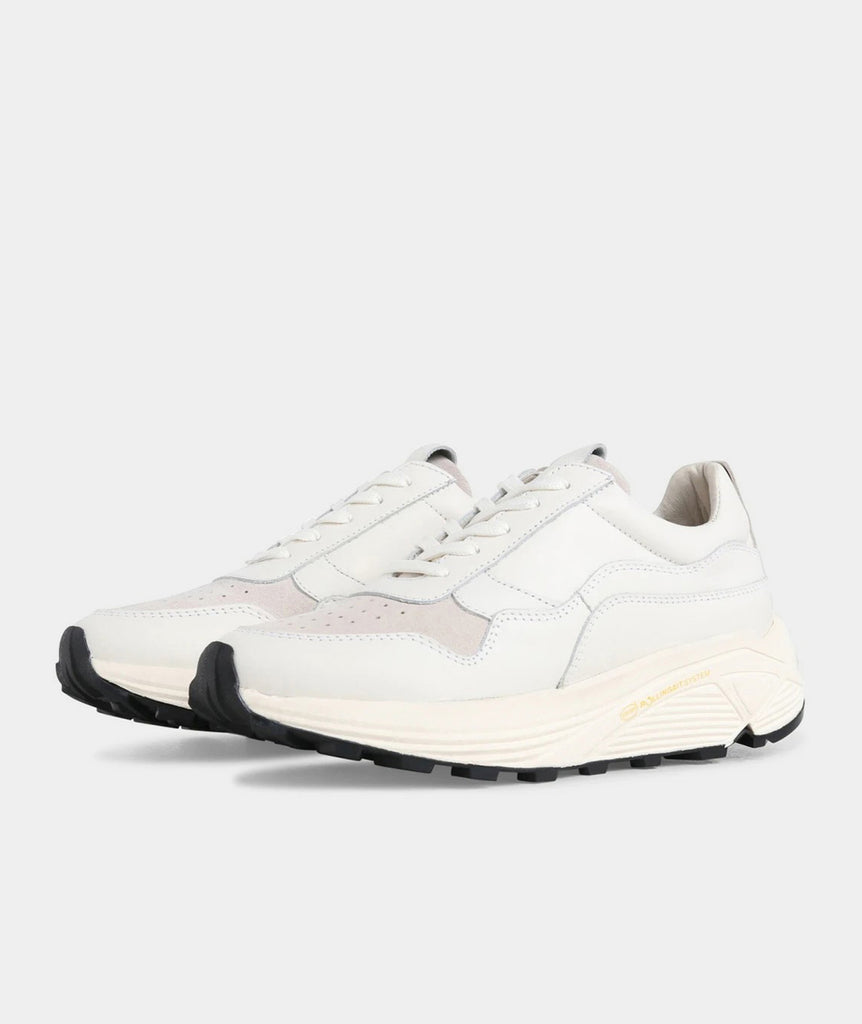 GARMENT PROJECT WMNS Bailey Runner - White Sneakers 100 White