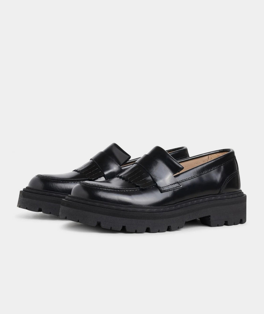 GARMENT PROJECT WMNS Spike Loafer - Black Shoes 999 Black
