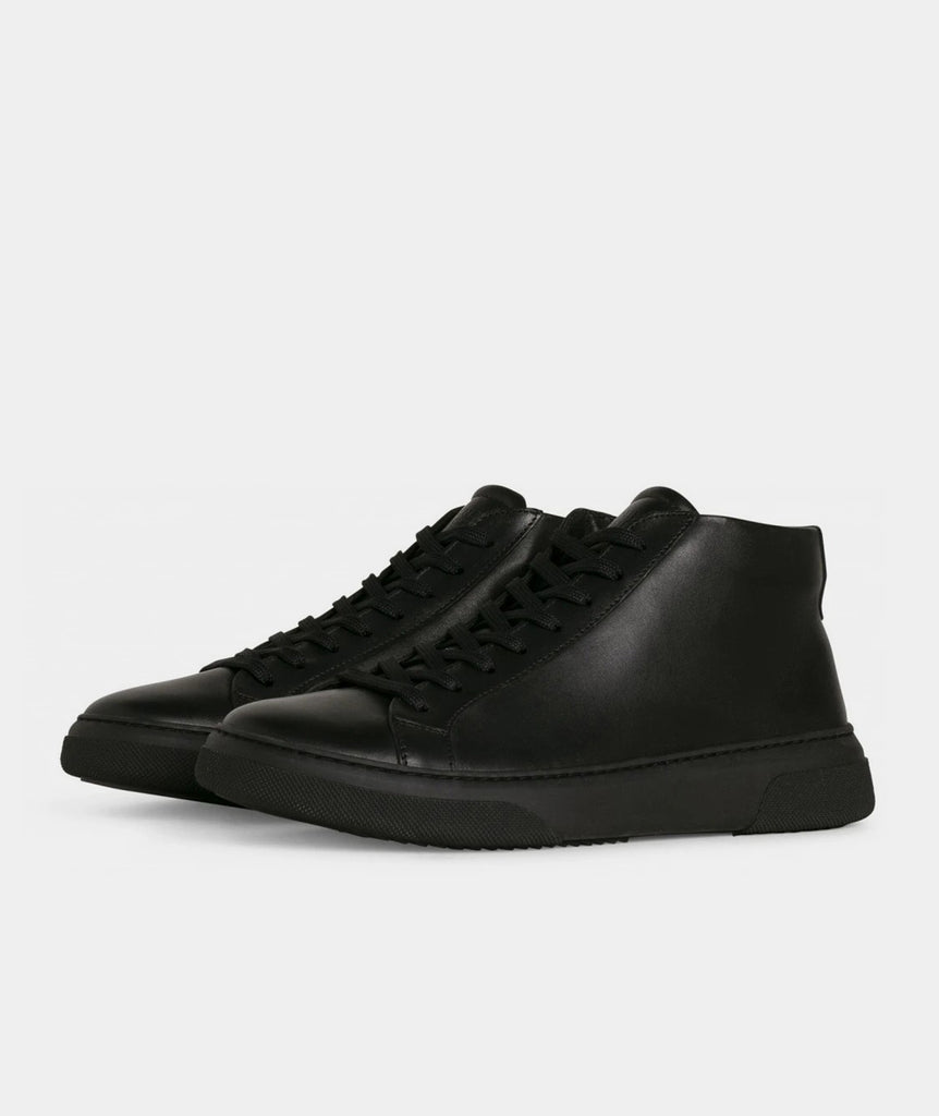 GARMENT PROJECT MAN Type Mid - Black Leather Mid Cut 999 Black