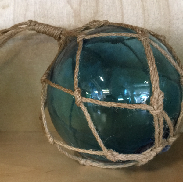 Twine glass round ornament