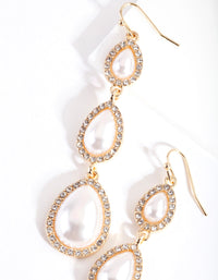Gold Graduated Pearl Earring - link has visual effect only