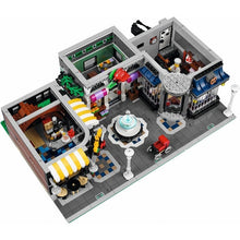 Load image into Gallery viewer, Lego Expert Assembly Square 10255