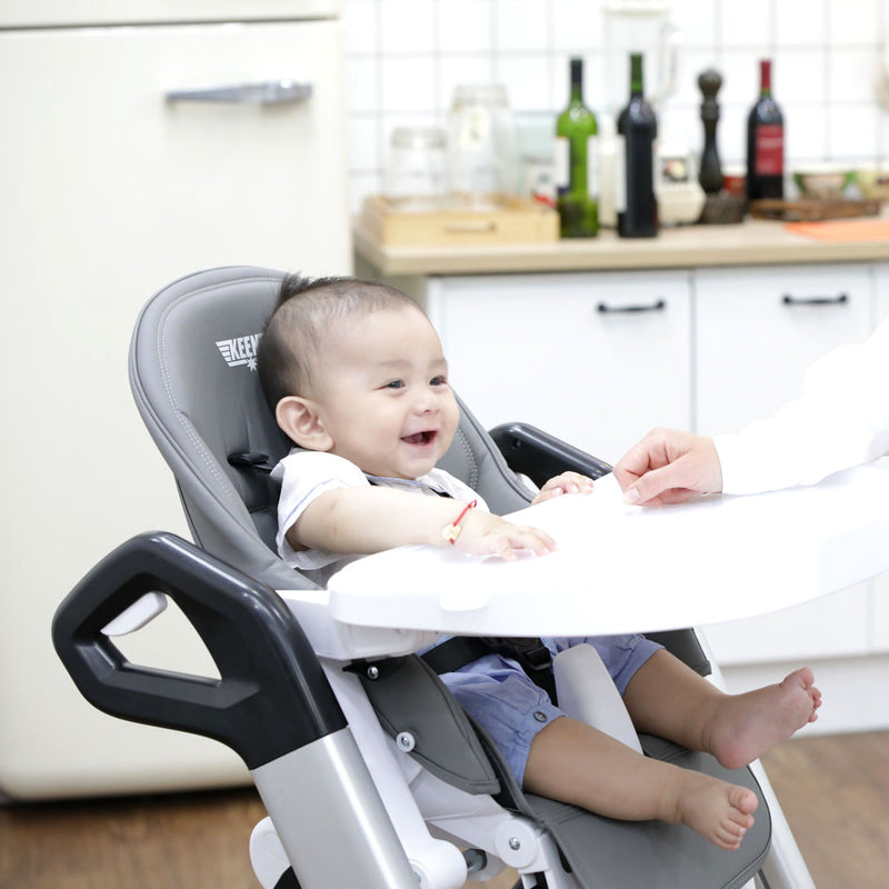 Yommy High Chair