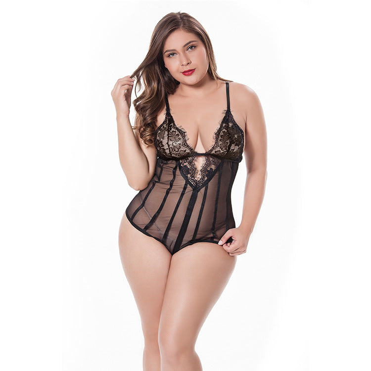 Lace lace one-piece nightdress with eyelashes