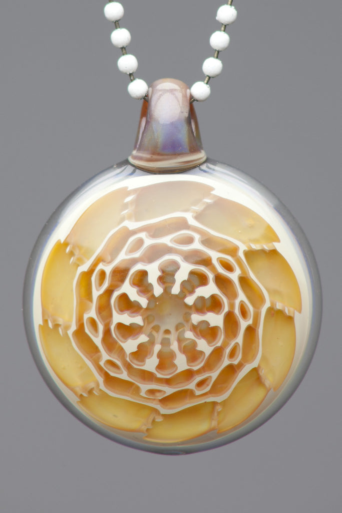 Yunk: Clear Carved Pendant 9