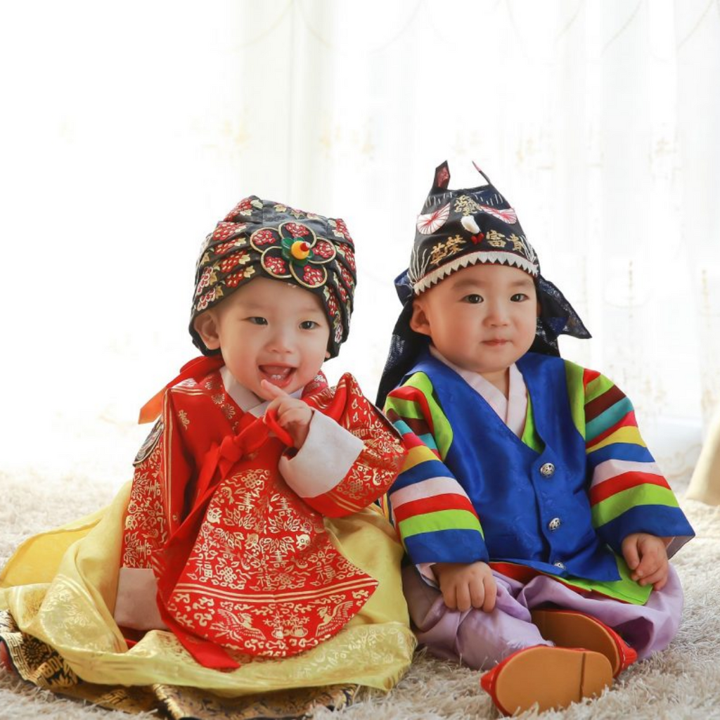 How to Throw a 'Dol' Party: 100 Day Korean Birthday Party for Babies