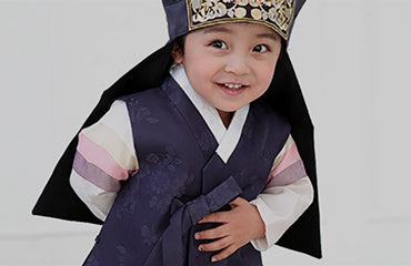 Girls' and boys' Korean traditional hanbok for kids
