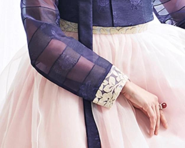 Closeup of sleeve of Custom Women's Bridal Hanbok in Lavender and Peach