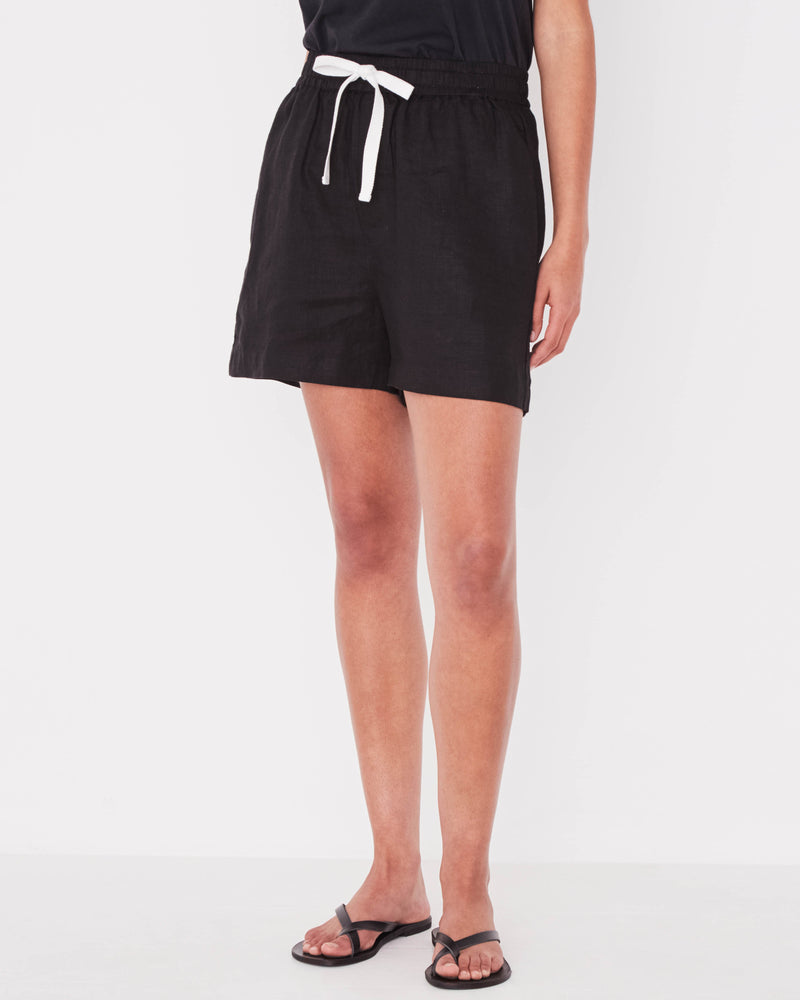 Assembly - Ease Linen Short in Black